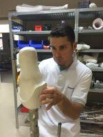 Nová protéza ...